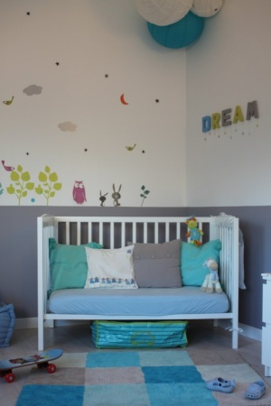 conseil couleurs dans chambres d 39 enfants. Black Bedroom Furniture Sets. Home Design Ideas