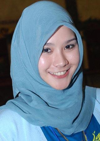 artis indo artis berhijab indonesia