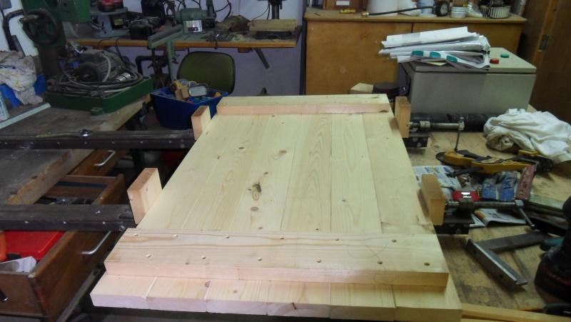 Fabrication d 39 une paire de volets - Comment fabriquer des volets en bois ...