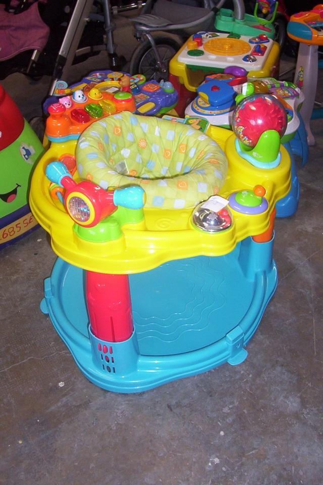 Table d 39 activit avec si ge for Table d activite bebe
