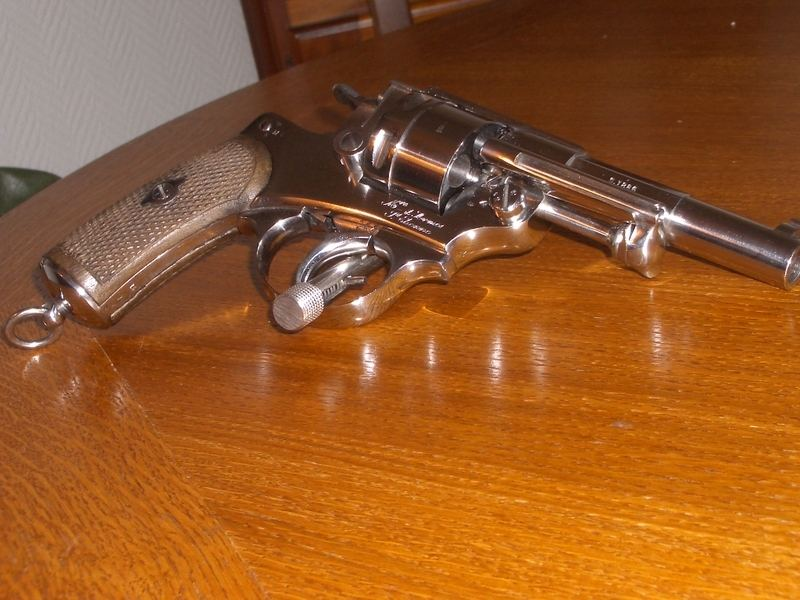 revolver neutralise espagne