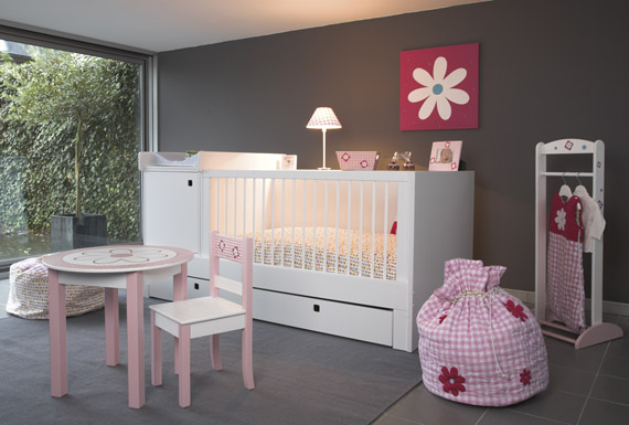 Le classique peinture pour chambre de b b fille help couleurs reprendre for Chambre bebe grise et beige
