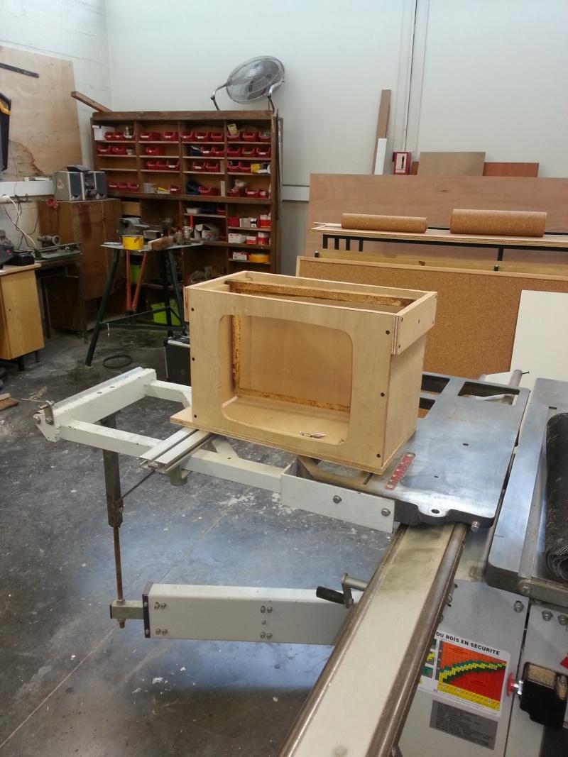 construire son aspirateur abeilles. Black Bedroom Furniture Sets. Home Design Ideas